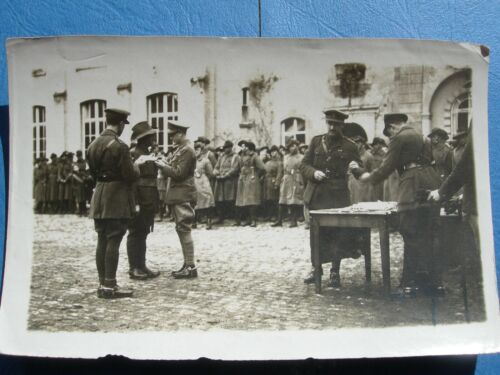 WW1-  photo of soldiers receiving medals from Prince of Wales and Aust Officer1914 - 1918 (WWI) - 13962