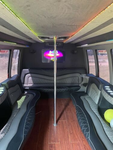 2001 Ford F-450 Party Bus