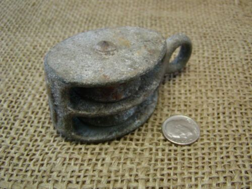Vintage Cast Iron Pulley > Farm Antique Old Tools Implement Tractor Shabby 6463