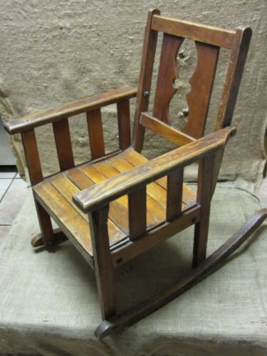 Vintage Childs Wooden Rocking Chair > Antique Old Stool Parlor Chairs NICE 7169