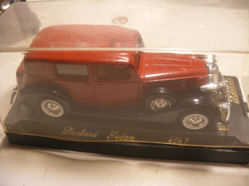 Ancienne Voiture 1/43 SOLIDO Made in France 4047 Age d