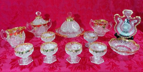Impressive 12 Pc 1908 NEW MARTINSVILLE Gold Horseshoe MEDALLION Glass Set EAPG