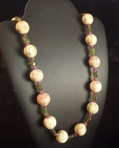 Rare Design Chinese Vintage Painted Bone Beads Alternate Peridot Ruby Necklace