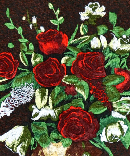 "18"" BROCADED LOVE THEME ELEGANCE SILK EMBROIDERY PAINTING: CLASSIC ROSE VASE ="