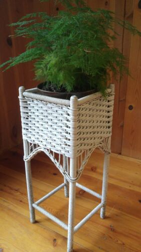 """Antique Distressed White Wicker Plant Stand 28"""" VTG"""