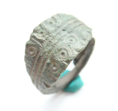 Ancient Old Viking Ornament Bronze Finger Ring (MJA88)