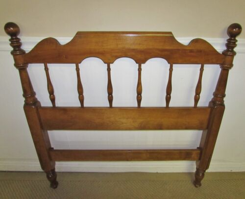 VINTAGE ETHAN ALLEN NUTMEG MAPLE CANNONBALL TWIN HEADBOARD 10-5628