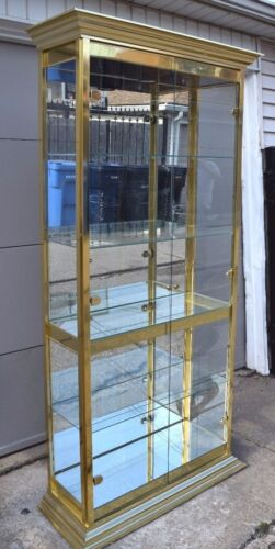 Mid Century Modern Brass and Mirrored Glass Lighted Display Vitrine Cabinet