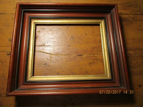 ANTIQUE WALNUT PICTURE FRAME WITH GOLD LINER