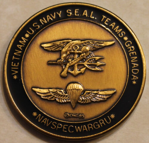 NAVSPECWARGRU SEAL Teams Grenada 1985 Navy Challenge Coin / UDTs BUDs SERE  CLROriginal Period Items - 13983