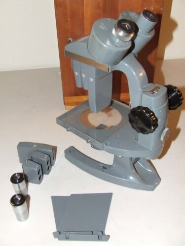 BAUSCH & LOMB Stereo Microscope with Sliding Objectives & Mirror w/Case & Extras