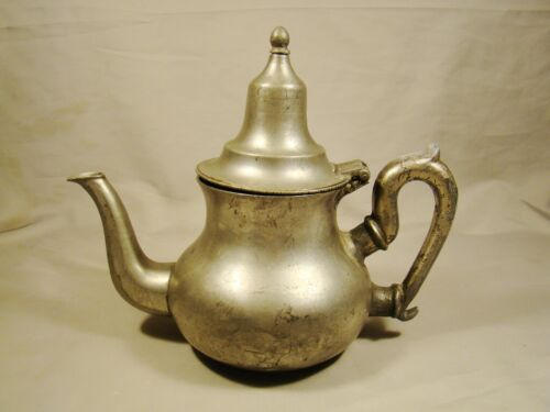 Early Form Antique Pewter Pear Shape Teapot late 18th - early 19th c