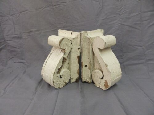 Antique Pair Wood Small Corbels Gingerbread Shabby Architectural Chic 61-18P