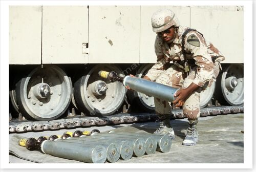 Cavalry Ammunition Specialist With 105mm Sabot Round Desert Shield 8x12 PhotoReproductions - 156449