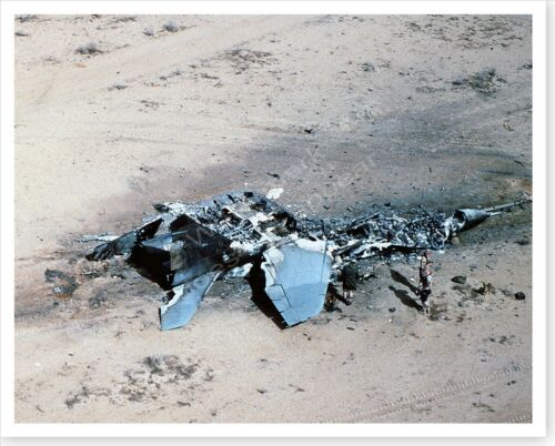 Nasaria Iraq Destroyed Fighter Jet Operation Desert Storm 8 x 10 PhotoReproductions - 156449