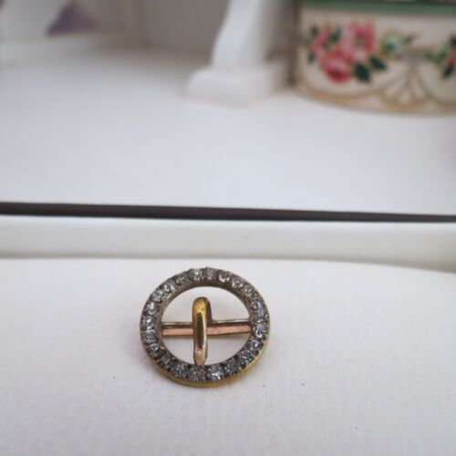 Small Georgian buckle set with clear stones