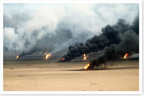 Raging Oil Fires Outside Kuwait City In Aftermath Of Desert Storm 8 x 12 PhotoReproductions - 156449