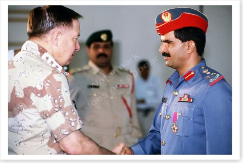 Lt. General Horner Meets With UAE General Operation Desert Storm 8 x 12 PhotoReproductions - 156449