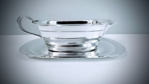REED & BARTON STERLING SILVER MAYFLOWER PATTERN GRAVY / SAUCE BOAT ON STAND