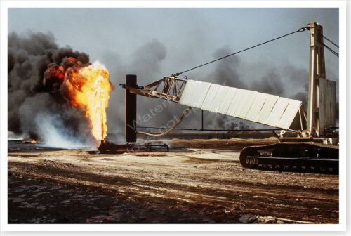 Kuwait Oil Well Fire In Aftermath Of The Persian Gulf War 8 x 12 PhotoReproductions - 156449