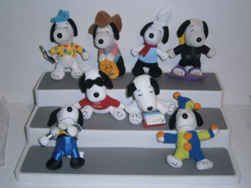 MS2 Collectable  Many Lives of Snoopy Happy  Meal toys