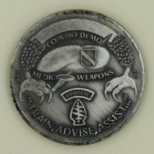 11th Special Forces Train Advise Assist Silver Finish Army Challenge Coin - DKPOriginal Period Items - 13983