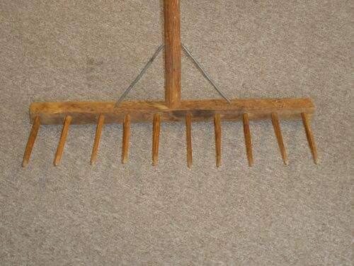 Vintage Wooden Hay Rake Hand Carved Amish Shaker Excellent Condition