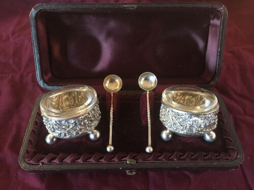 CASED SALT CELLAR SET BY W.C BIRMINGHAM 1889 Sterling