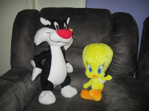 Warner Brothers large soft plush character toys SLYVESTER THE CAT & TWEETY BIRD