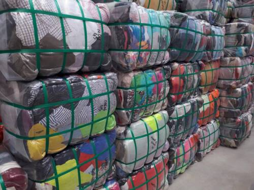 Quality Used Clothing in 45KG Bales for Container Export