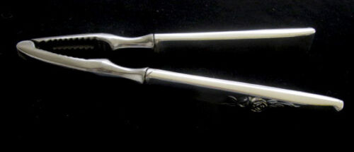 REED & BARTON CLASSIC ROSE STERLING NUT CRACKER