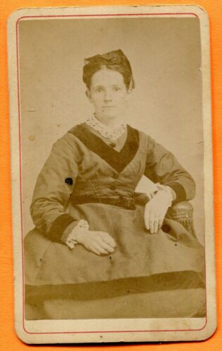 CDV Rochester, NY, Portrait of a Young Woman, by Hale, circa 1870s Backstamp