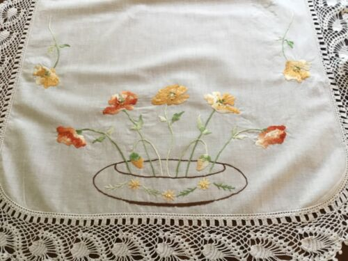 Vintage Embroidered Tray Cloth Centrepiece Help!