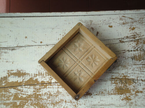 Antique Wooden Butter Mold Geometric Design Hinged Corners Dovetail 1850-1900