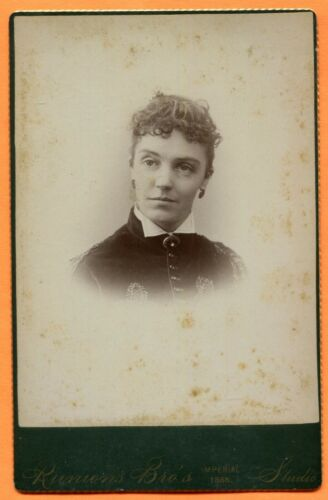 Lisbon Center, NY, Portrait of a Young Woman, by Runions Bros., 1888 Backstamp