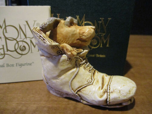 Harmony Kingdom Solemate Dog in Boot RW CC Mbr Exclusive UK Made Box Figurine