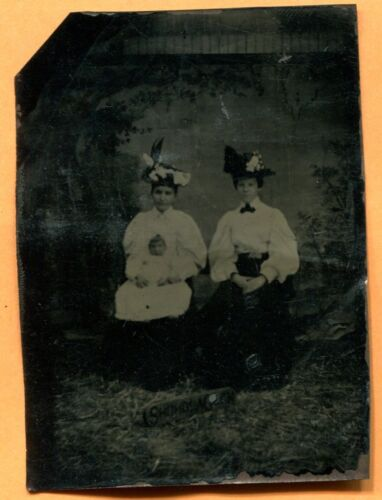 Portrait of 2 Young Women & a Baby, circa 1890s Antique Tintype