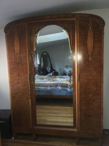 Gorgeous French Antique 7 1/2' Tall Wood Dresser Armour with Mirror 19th century