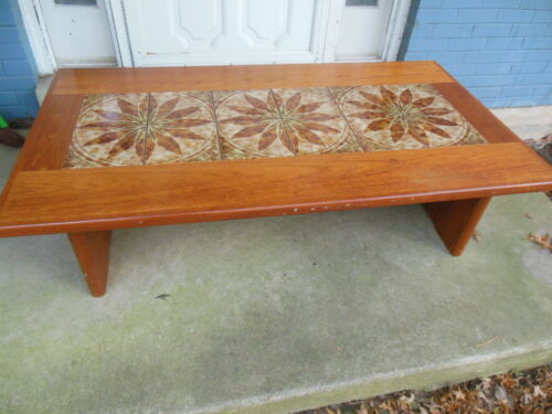 MID CENTURY MODERN BRDR FURBO Denmark Danish Coffee Table W/ Tile Inlay Shelf