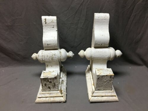 Pair Antique White Roof bracket Final Corbels Shabby Vintage Chic Old 713-20B