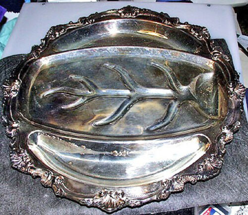Fabulous Wallace 1920's Georgian Style Large Chippendale Silver Plate Serving