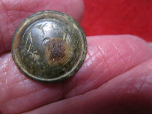 DETECTING FIND  EARLY FRENCH ACADIAN UNKNOWN SYMBOLS 15MM OLD FRENCH SITE