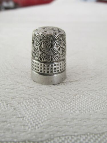 Antique Sterling Silver Charles Horner Thimble 7