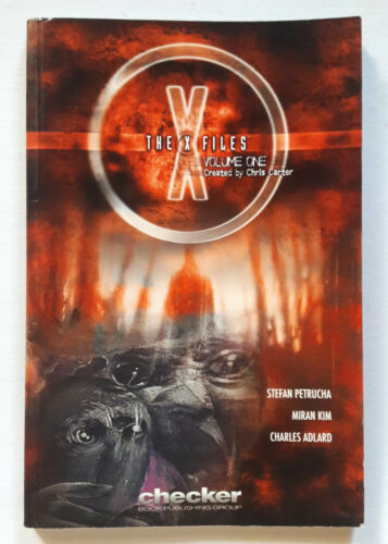 The X-Files Volume 1 ONE (2005) COMIC BOOK GRAPHIC NOVEL PAPERBACK