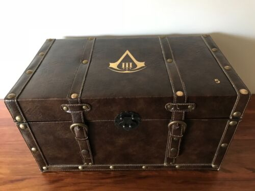 ULTRA RARE Assassin's Creed III Charity Chest Edition No.5 of 10 • PS3 • PS Vita