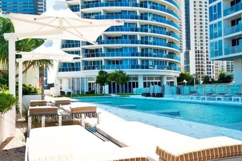 GOLD COAST ACCOMMODATION H-Residences Luxury $1250 7 Nights - 2 Bed Ocean + Wifi