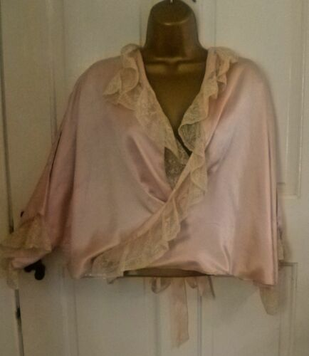 VINTAGE 1930S BEAUTIFUL PEACH 100% SILK NIGHT BED JACKET PRETTY LACE SIZE 14-16