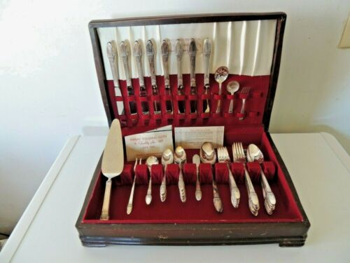Vintage Rogers Bros FIRST LOVE Silver Plate Flatware Set 30s & Box