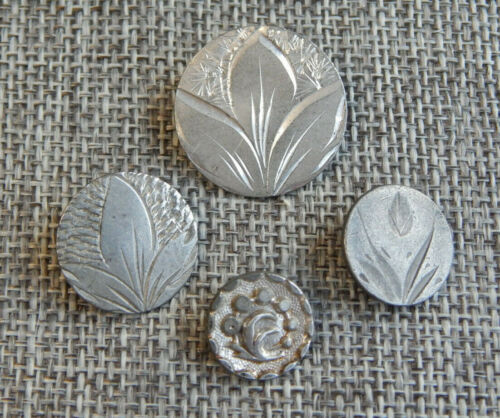 Lot of Antique Vtg Pewter Buttons #838-B