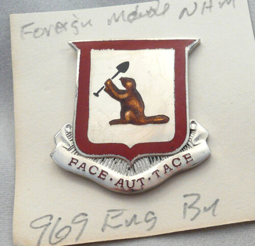 Post WWII 969th Engineer Battalion foreign made DUI/ DI/ crestOriginal Period Items - 13981